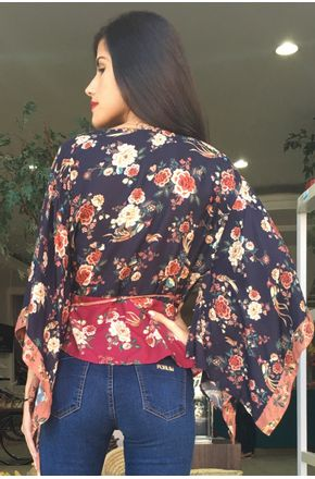 BLUSA-PATCH-REVOADA-FLORAL-FARM2