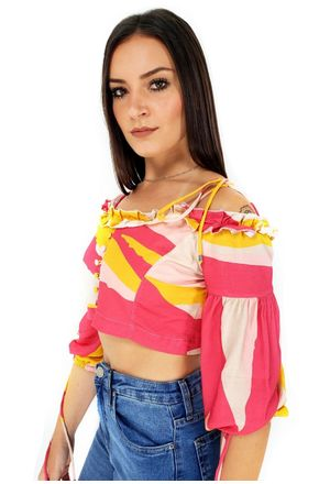 BLUSA-CROPPED-LISTRA-CHIQUE-ALL-IS-LOVE-2